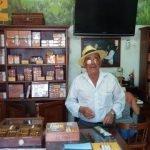 Finca El Sitio - Antonio Gonzalez in his Cigar Shop