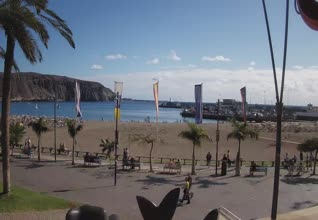 Playa Los Cristianos Beach + Harbour Webcam